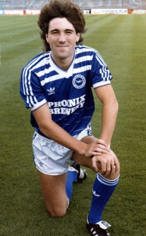 dean saunders, brighton and hove albion